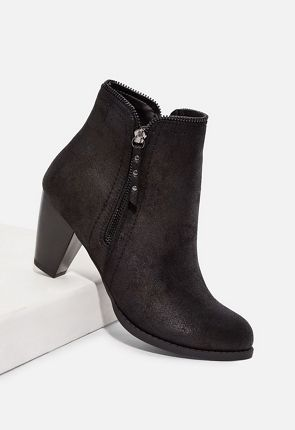 99b01e362993 Women s Black Ankle Boots On Sale - 50% Off Your 1st Order!