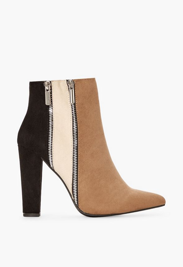 Remi Colorblock Bootie in Black Natural