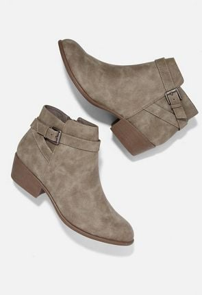 252d91e04372 Cheap Ankle Boots   Booties On Sale - First Style Only  10!