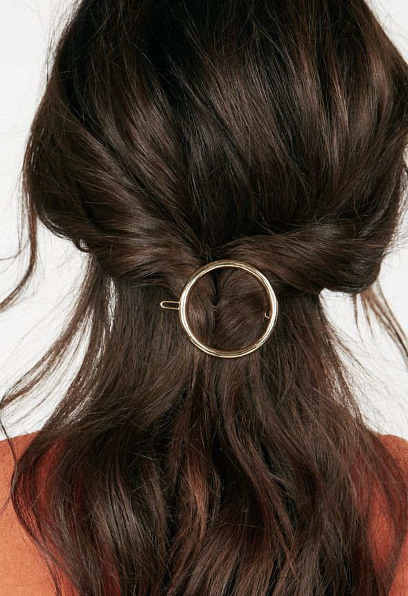 Looped In Hair Clip Do Not Use Accessories In Looped In Hair Clip Do