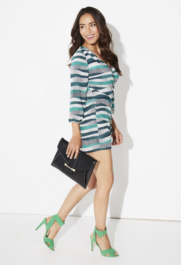 8bc98c5745 Pearla in KELLY GREEN - Get great deals at JustFab