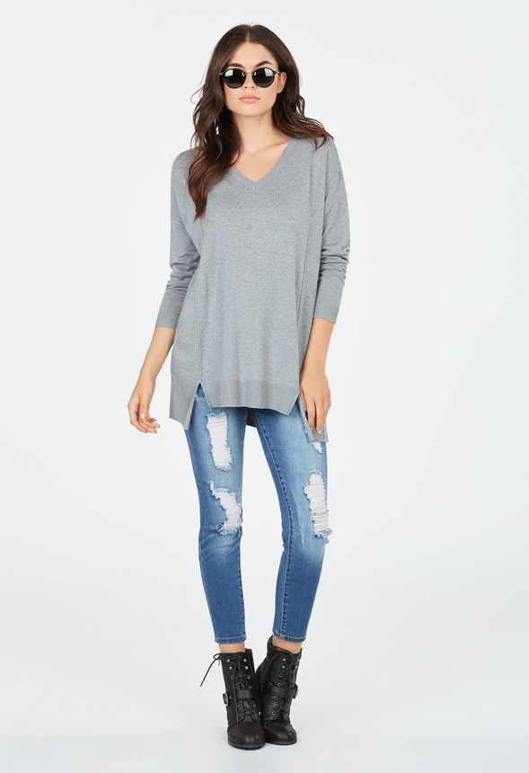 d9dcb0eb0514cb Relaxed V-Neck Sweater in heather grey - Get great deals at JustFab
