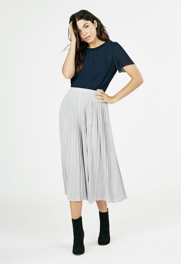 pleated sweater skirt in gray get great deals at justfab
