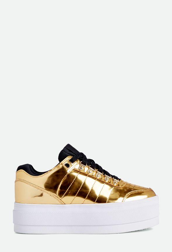K-Swiss Gstaad Platform Sneaker in Gold