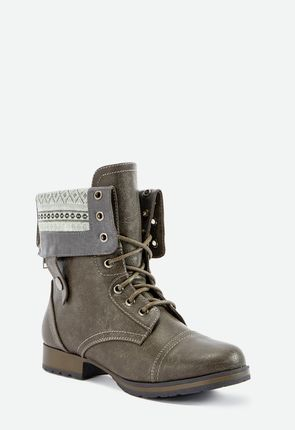 0f4027d6027189 Women's grey boots in trend-setting styles add flair to your wardrobe every  season.